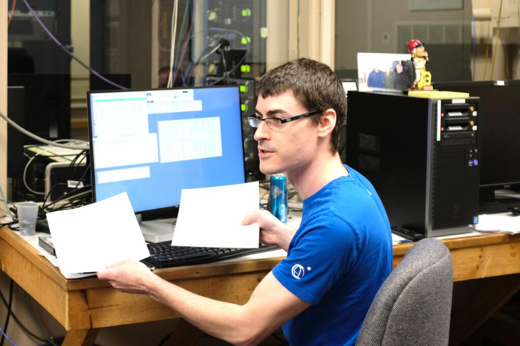 Haystack Senior Electro-Mechanical Technician Alex Burns teaches a class at Westford Radio Telescope