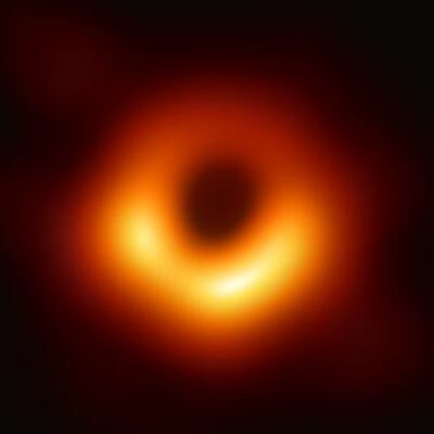 The black hole M87